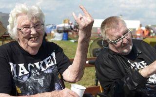 Как живут старики в германии. пенсионеры в германии.