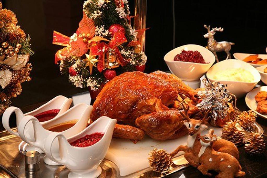 гору новогодние кулинарные пожелания про еду дворовой
